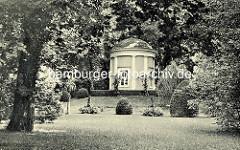 Historisches Bild vom  Apollotempel im Tempelgarten von Neuruppin - Entwurf Georg Wenzeslaus von Knobelsdorff, 1735.