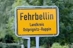 Ortsschild Fehrbellin, Landkreis Ostprignitz-Ruppin.