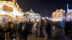 Jahrmarkt in Hamburg - Dom auf dem Heiligengeistfeld - größtes Volksfest des Nordens.