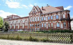 Kulturhaus Stadtgarten in Neuruppin - ehem. Gaststätte am Rheinsberger Tor in Neuruppin.