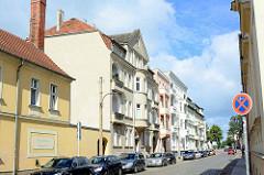 Mehrstöckige Wohnhäuser - Präsidentenstraße Neuruppin.