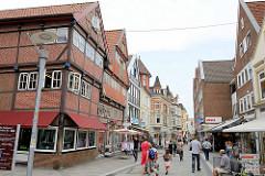 Fussgängerzone Sachsentor - Geschäfte in der Bergedorfer City.