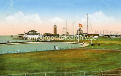 Historische Ansicht vom Modellbootbecken am Deich von Cuxhaven - Blick zum alten Leuchtturm.