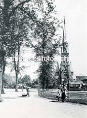 Historische Aufnahme von der 1901 erbauten Christuskirche in der Stadt Wandsbek / Architekt Fernando Lorenzen