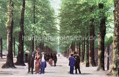Altes coloriertes Bild von der Bärenallee in Wandsbek - Passanten, Spaziergängerin.