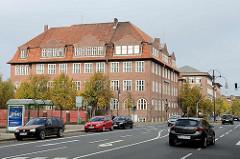 Gebäude der Volkshochschule Cuxhaven - Abendrothstraße; ehem. Berufsschule - 1927 fertig gestellt.