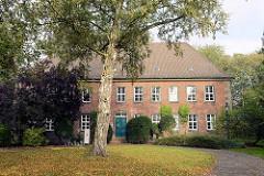 Schloss in Otterndorf, errichtet 1773 - jetzt Amtsgericht.