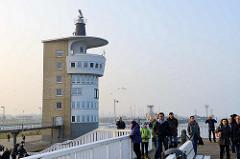 Alte Liebe und Radarturm in Cuxhaven.