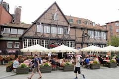Historisches Gasthaus am Sachsentor in Hamburg Bergedorf - Ursprungsgebäude erbaut 1550; 1959 abgetragen und wg. Straßebau etwas versetzt.