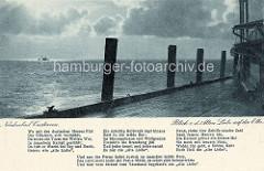 Alte Fotografie von der Alten Liebe in Cuxhaven - Blick auf die Nordsee / Elbmündung am Abend; Gedicht von
