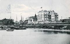 Historisches Motiv vom Hafen / Landwehrkanal in Cuxhafen - Blick zum Hotel Continental.