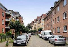 Unterschiedliche Architekturformen / Baustile in der Soltaustraße von Hamburg Bergedorf.