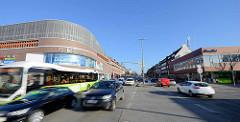 Blick in die Wandsbeker Marktstraße im Hamburger Stadtteil Wandsbek. Lks. die Krausestraße, re. die Hammer Straße.