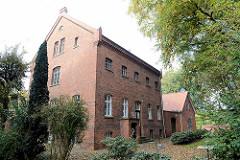 Unter Denkmalschutz stehendes Gefängnis in Otterndorf, erbaut 1885; jetzt Rückzugsort / Veranstaltungsort für Führungskräfte der Wirtschaft, die