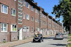 Backsteinarchitektur der 1930er Jahre, Wohnblocks im Weidenbaumsweg in Hamburg Bergedorf.