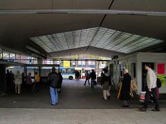 Eingang - Überdachung vom alten Busbahnhof Wandsbeker Markt (ca. 2005)
