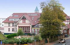 Altes Stabsgebäude der Grimmershörnkaserne in Cuxhaven - erbaut 1908 / 12; Nutzung jetzt als Wohngebäude.