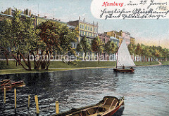 Historische Ansicht vom Alsterufer in St. Georg; Bootsverleih - Ruderboote am Steg, Stegelboot in Fahrt; am Ufer  Wohnhäuser.