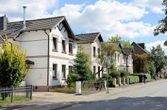 Historische Wohnhäuser in der Steinbeker Marktstraße in Hamburg Billstedt / Kirchsteinbek.