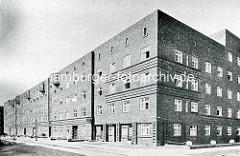 Historische Ansicht vom Sieldeich auf der Hamburger Veddel - Backsteingarchitektur, Wohnblocks - Architekt Oberbaurat Schumacher.