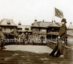 Historische Fotografie von Veranstaltungsgebäude Alsterlust an der Hamburger Binnenalster.