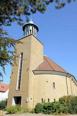 Römisch-katholische Pfarrkirche St. Wilhelm in Hamburg Bramfeld,  erbaut 1956.