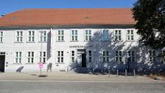 Gebäude Kunstsammlung Neubrandenburg - historisches Fachwerkhaus aus dem 18. Jahrhundert, Große Wollweberstraße.