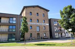 Historische Industriearchitektur - Seniorenresidenz Schöttler Mühle in Waren / Müritz, Flügelanbau / Neubauten.