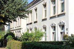 Miets-Wohnungen / Wohnblock im schlichten Baustil des Historismus; Bergkoppelweg in Hamburg Fuhlsbüttel.