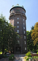 Der Wilhelmsburger Wasserturm am Groß Sand wurde 1911 errichtet, der Architekt war Wilhelm Brünicke.