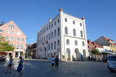 Neues Rathaus von Waren an der Müritz, eingeweiht 1862,