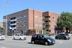 Backsteinarchitektur der 1930er Jahre - Wohnhaus / Wohnblock an der Nordschleswiger Straße in Hamburg Dulsberg.