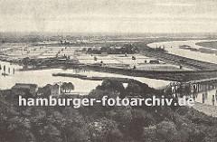 Blick auf die Billwerder Insel und dem Wasserwerk in Hamburg Rothenburgsort. Durch den neuen Verlauf der Elbe wurde Kaltehofe 1879 von der Peute in Wilhelmsburg abgetrennt.