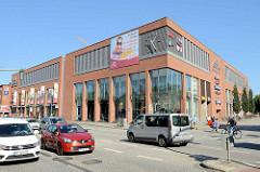 Shopping Center Marktplatz Galerie Bramfeld - Neubau  von 2011 mit 60 Geschäften an der Bramfelder Chaussee  Hamburg Bramfeld.