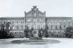 Historische Ansicht der 1864  eröffneten  Irren-, Heil- und Pflegeanstalt Friedrichsberg in Hamburg  Barmbek Süd / Eilbek.
