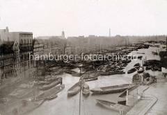 Alte Fotografie vom Hamburger Binnenhafen / Mührenfleet - historische Wohnbebauung auf dem Kehrwieder.