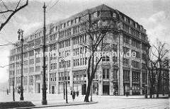 Historische Ansicht vom Bieberhaus / Kontorhaus im Hamburger Stadtteil St. Georg; erbaut um 1910.