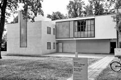 Bauhausarchitektur in Dessau, Meisterhäuser von Walter Gropius.