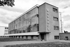 Bauhausgebäude Dessau - Schulgebäude für die Kunst-, Design- und Architekturschule Bauhaus.