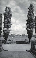 Altes Bild vom Hamburger Stadtpark in der Vorkriegszeit, Sichtachse von der Liebesinsel über den Stadtparksee.