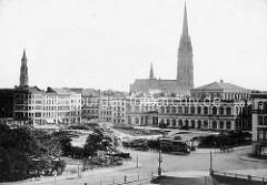 Altes Foto vom zukünftigen Hamburger Rathausmarkt;  Blick auf das Gebäude der Hamburger Börse.