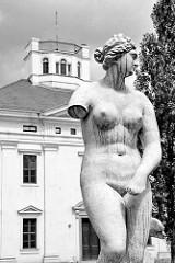 Statue Venus - Georgium, historischer Landschaftspark in Dessau-Roßlau.