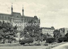 Historische bilder aus Stettin - Neues Rathaus erbaut im Jahr 1879 nach Plänen des Stettiner Stadtbaurats Konrad Kruhl (1833-1902).