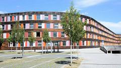 Umweltbundesamt in Dessau-Roßlau - Stahl  / Glas Konstruktion; Pläne der Architekten Sauerbruch Hutton.