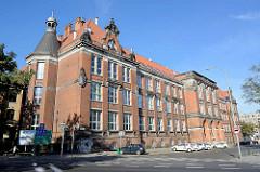 Historische Architektur der Gründerzeit -- Universitätsgebäude in Stettin.