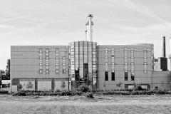 Moderne Architektur - Gewerbegebiet in Dessau-Roßlau.