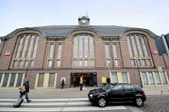 Empfangsgebäude vom Bremerhaven Hauptbahnhof - erbaut 1914.