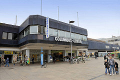 Architektur vom Columbus Shopping Center in Bremerhaven - Bürgermeister Smidt Straße.