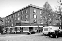 Wohnsiedlung - Backsteinarchitektur der 1930er Jahre in der Metzer Straße, Geestemünde / Bremerhaven.