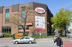 Rückseite vom Eidelstedt Center an der Elbgaustraße in Hamburg Eidelstedt.